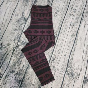 Old Navy Aztec Full Length Fitted Stretch Legging